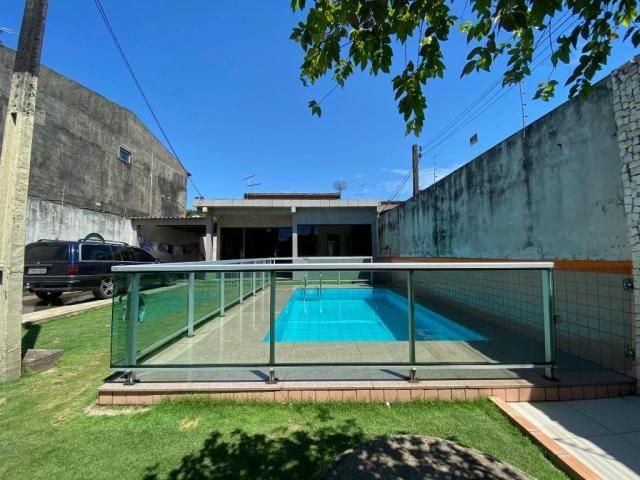 Casa na Rua Joaquim Fonseca - 300 m² - Próximo ao Shopping Castanheira - Foto 2