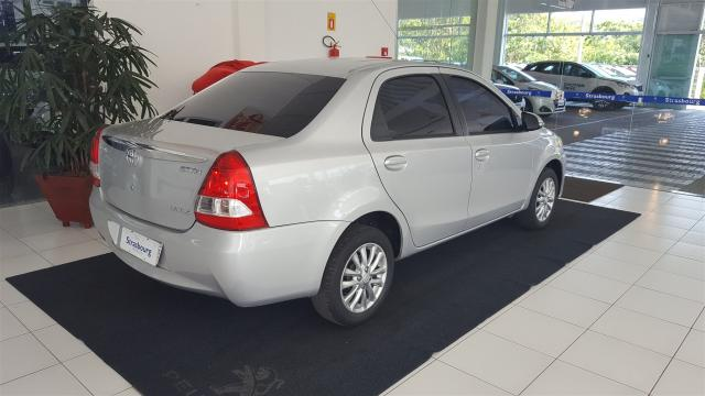 ETIOS 2015/2016 1.5 XLS SEDAN 16V FLEX 4P MANUAL - Foto 6