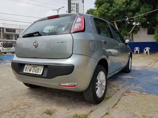 Fiat Punto 1.4 Itália 2013 - Foto 4