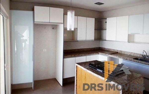 Casa sobrado em condomínio com 3 quartos no condomínio royal forest & resort - bairro roya - Foto 14