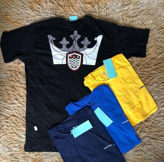 3 camisas básicas por R$120,00
