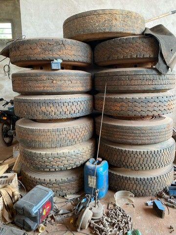 15 pneus 1100