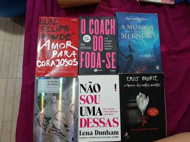Livros  8 reais - Foto 2