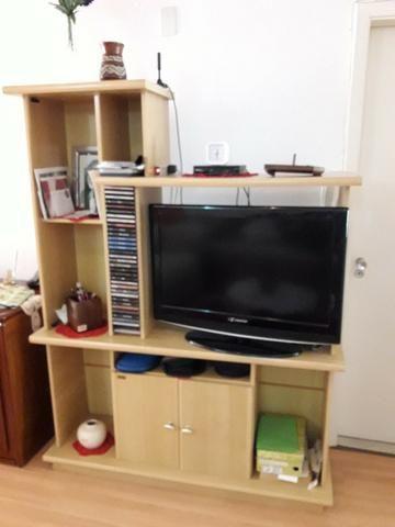 Estante de televisão