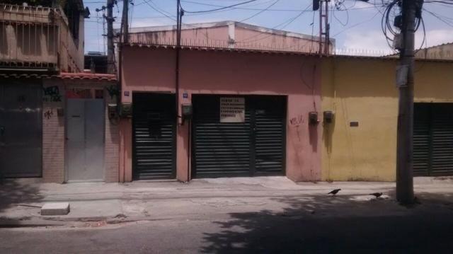 Casas de vila - 1 e 2 quartos na rua propicia