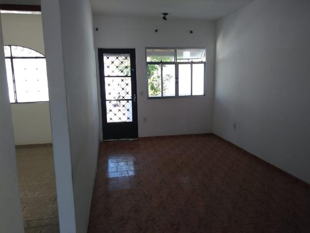 Casa 2 quartos - Garagem - Documentação em dia - Foto 2