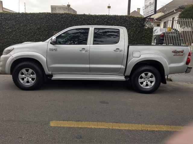 Toyota Hilux 3.0 SRV 4X4 CD 16v Turbo Itercooler, 171cv, cor prata, ano 2012