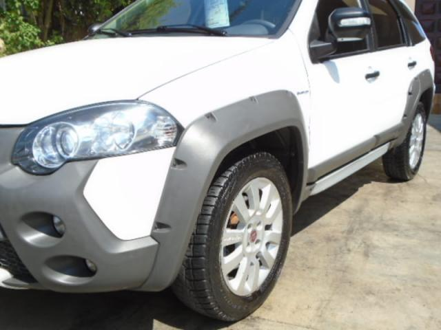 FIAT PALIO WEEKEND ADVENTURE 1.8 16V DUALOGIC - Foto 8
