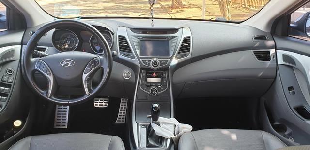 Hyundai Elantra 2014 - Foto 4