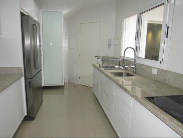 Sobrado triplex em condomínio, com ótimo padrão de acabamento - R$ 765.000,00 - Foto 8