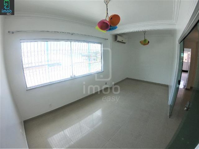 Alugo Casa 3 pisos na Cachoeirinha, 5 salas amplas (boa localização para ponto comercial) - Foto 17