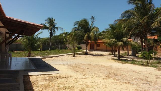 Casa no Coqueiro com 5 suites segura e em área tranquila - Foto 19