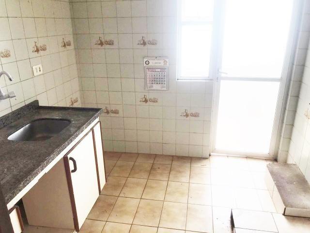 8009 | Apartamento para alugar com 3 quartos em Vila Marumby, Maringá - Foto 4