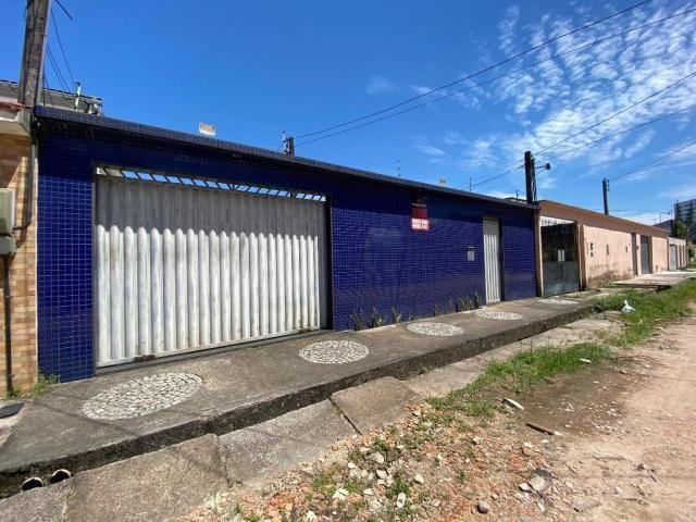 Casa na Rua Joaquim Fonseca - 300 m² - Próximo ao Shopping Castanheira - Foto 5