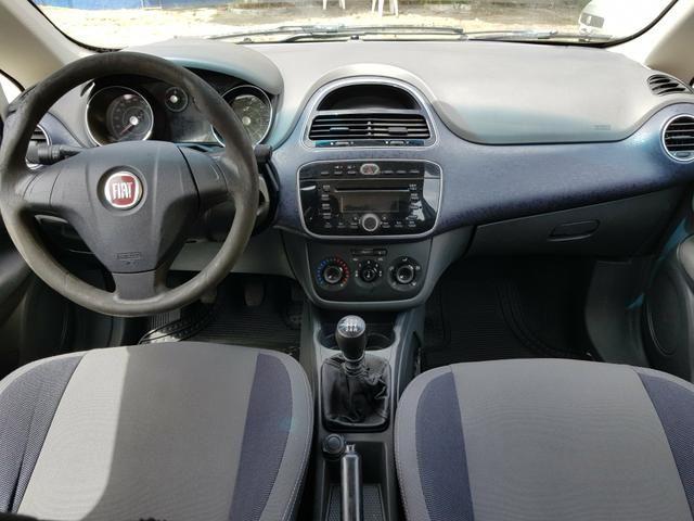 Fiat Punto 1.4 Itália 2013 - Foto 9