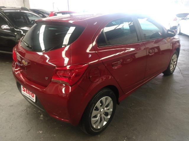 Onix Hatch Lt 1.4 Automatico Flex 8v 2018 Vermelho Un Dona ! - Foto 4