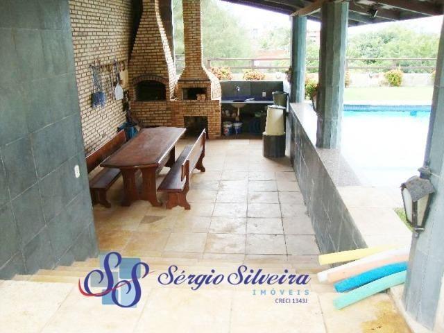 Casa para venda no Porto das Dunas com 5 suítes, piscina e deck com churrasqueira - Foto 16