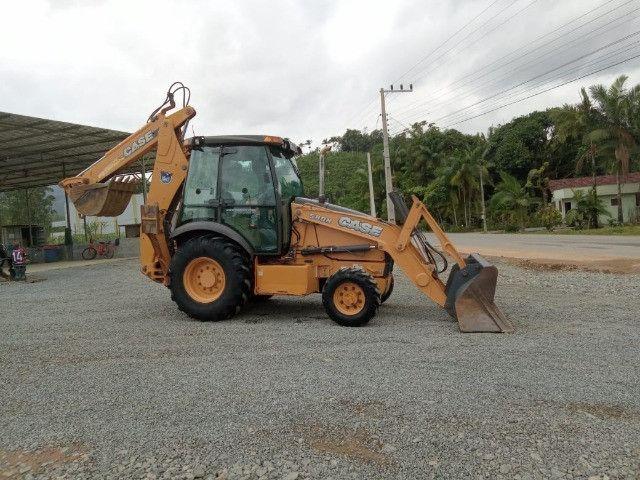 Retro escavadeira 580N - Foto 4