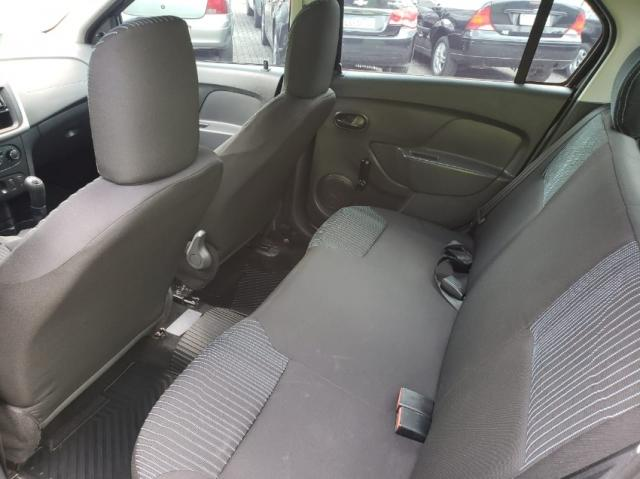 Renault Logan AUTHENTIC 1.0 16V 4P - Foto 9