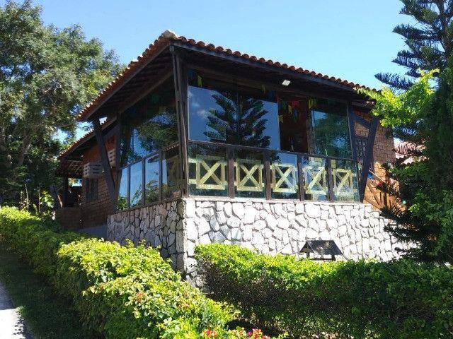 Casa em condomínio com 02 quartos para venda