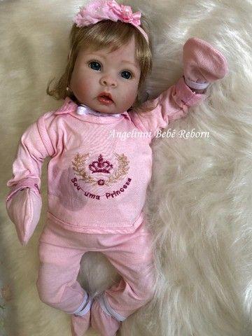 Bebê Reborn Mel - Pronta Entrega! Com enxoval e bolsa - Foto 5