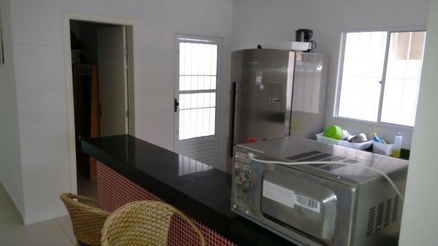 Casa com Piscina em Condomínio na Praia Boraceia - Foto 7