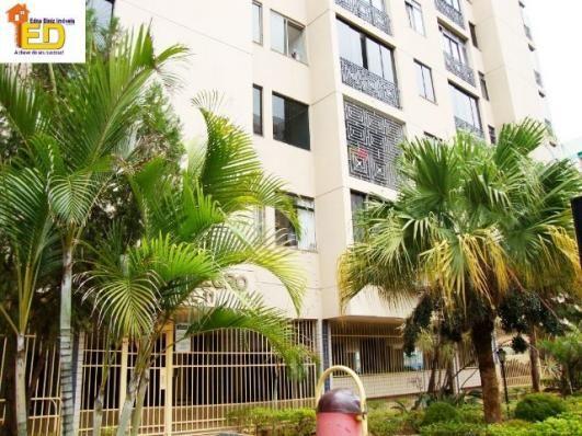 Apartamento de 2 quartos com garagem Edifício Rio Negro - 72m²