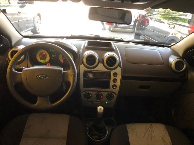 Fiesta hatch 1.6 class 2009 completo - Foto 7
