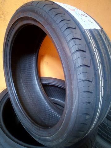 Kit 2 pneus 18 ref 225/40 r18 novos