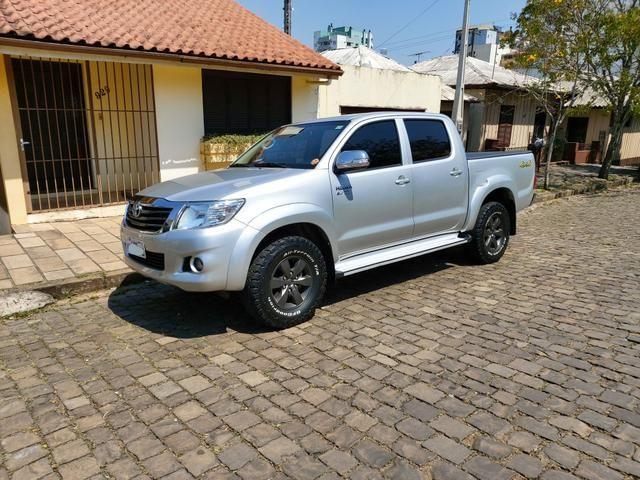 Toyota Hilux 2014 SRV 4x4 gasolina