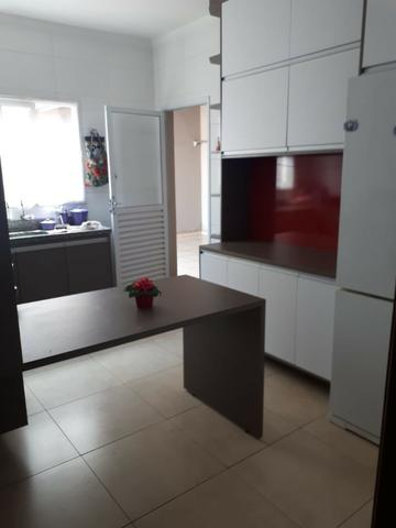 Aluga-se casa no Condomínio Safira na Vila Cristal com 3 quartos - Foto 12