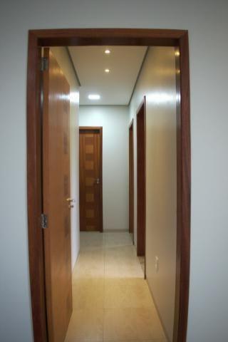 Vende-se apartamento amplo - Foto 3