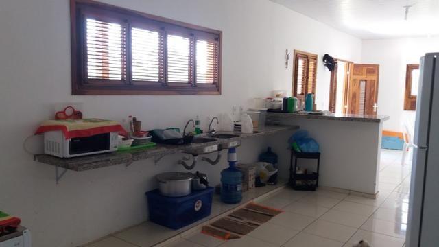 Casa no Coqueiro com 5 suites segura e em área tranquila - Foto 13
