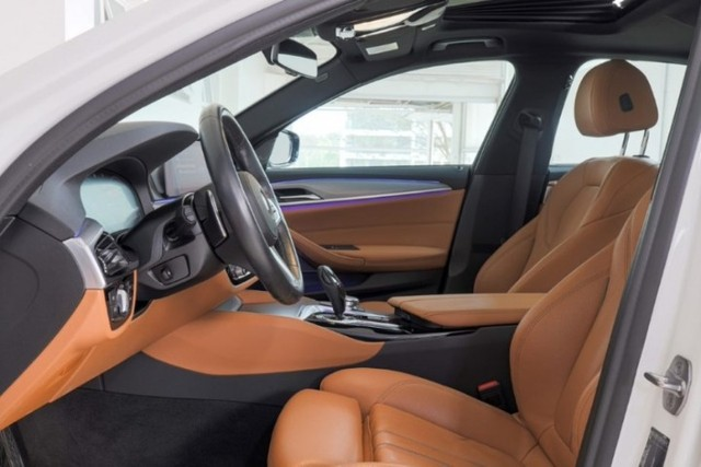 BMW 530E 2.0 Turbo iPerformance (Plug-in Hybrid) 2019  - Foto 7