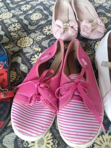 Vendo lote de sapatos pra menina  - Foto 5