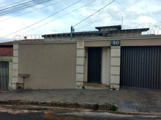 Casa em Araxá, bairro Urciano lemos - Foto 2