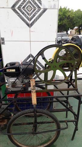 Máquina de moer cana (marca toyama motor a gasolina 4 tempos 0hv - Foto 3