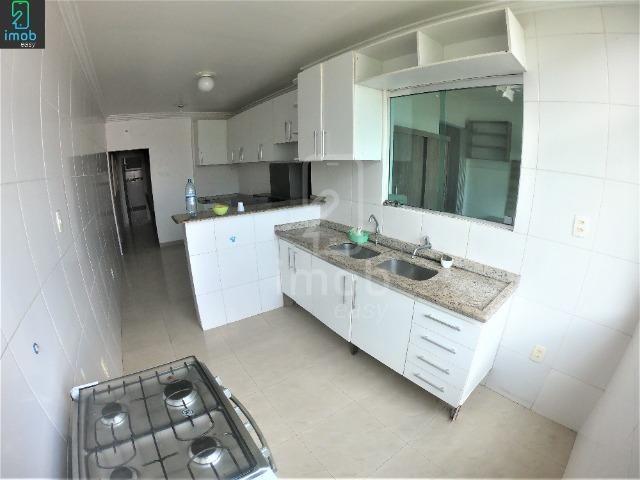 Alugo Casa 3 pisos na Cachoeirinha, 5 salas amplas (boa localização para ponto comercial) - Foto 4