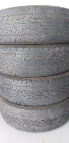 4 pneus de camioneta - Foto 2