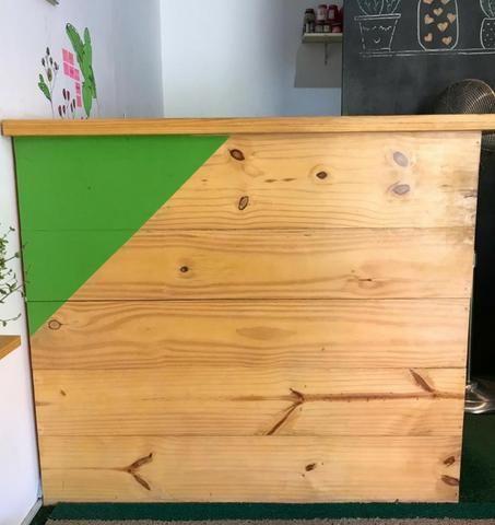 Balcão lojista em Pinus
