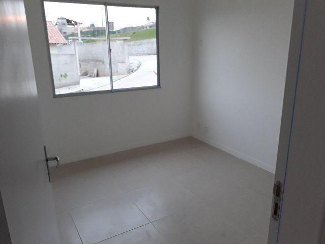 Lindas casas 02 qts quintal garagem ótima localização transporte na porta financiadas - Foto 5