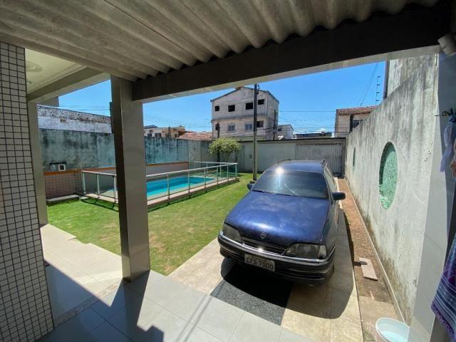 Casa na Rua Joaquim Fonseca - 300 m² - Próximo ao Shopping Castanheira - Foto 17