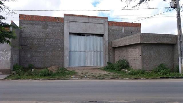 Galpão de 330 m2 de Área Construída
