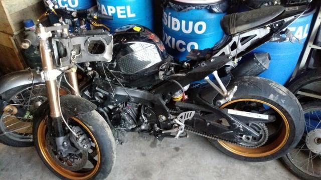 Moto P/ Retirada De Peças / Sucata Suzuki SRAD 1000 Ano 2010 gsxr1000