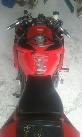 Moto Para Retirada De Peças/Sucata CBR 1000 RR Vermelha Ano 2006 - Foto 4