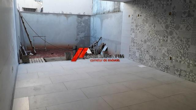Casa em construção no bairro Cidade Nova - com quintal