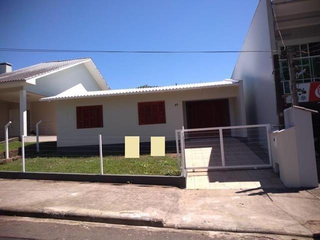 Casa para alugar com 2 dormitórios em , cod:I-024038