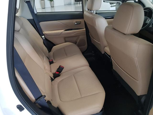 OUTLANDER 2017/2018 3.0 GT 4X4 V6 24V GASOLINA 4P AUTOMÁTICO - Foto 13
