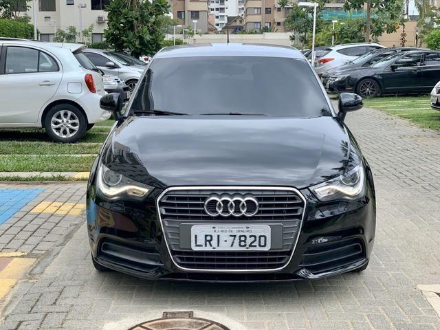 Audi A1 Turbo TFSI automático 4 portas com IPVA 2020 ok