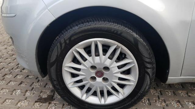 Fiat Idea Attractive 1.4 12/13, Manual, Prata, Completo, Veículo Repasse - Foto 9